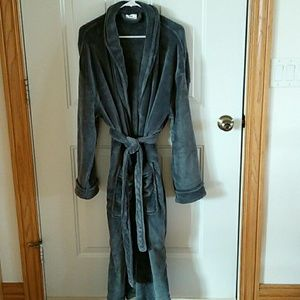 NWOT Dashing Men's Soft Gray Robe L/XL